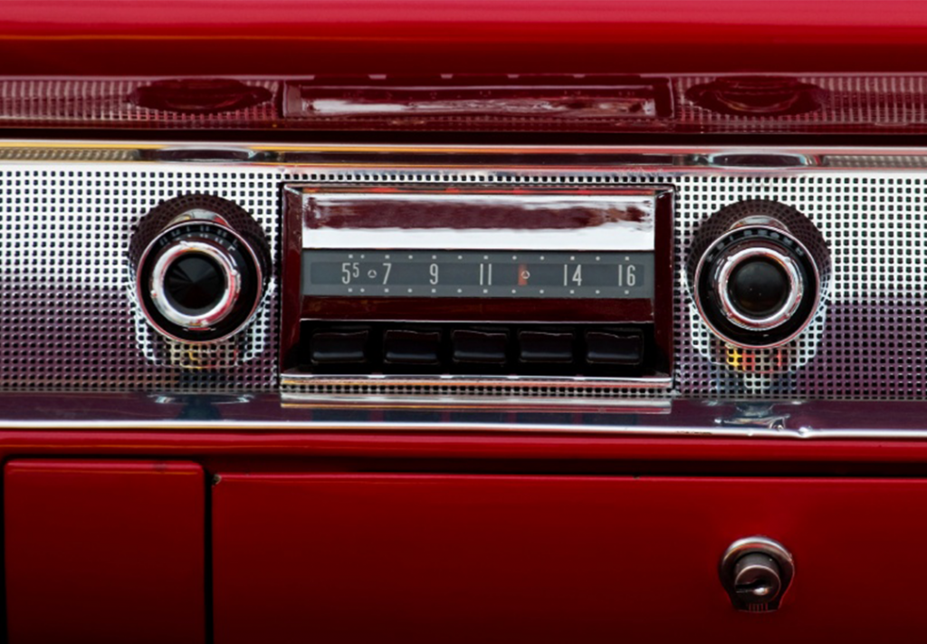 Prisma Renting: canciones míticas españolas que hablan de coches